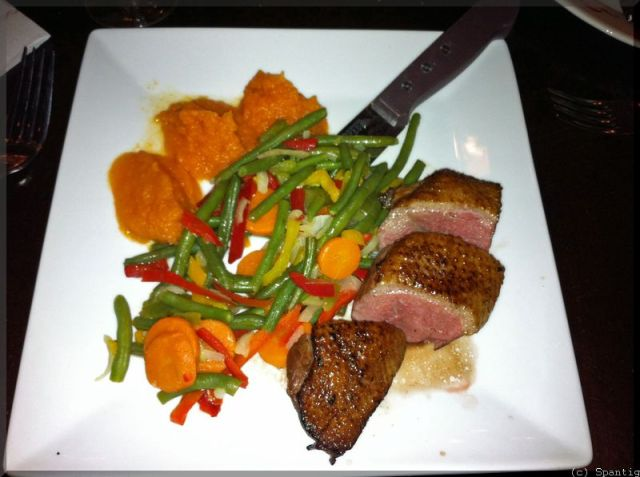 Ente mit Gemüse und Kürbispüree