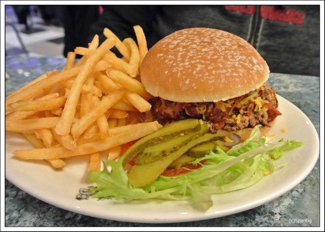 Bacon Chilli Cheese Burger 17,99€