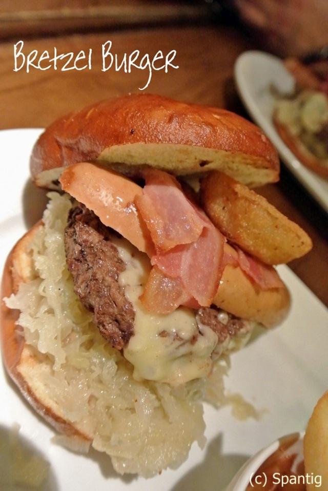 Bretzel Burger, King Ludwigs