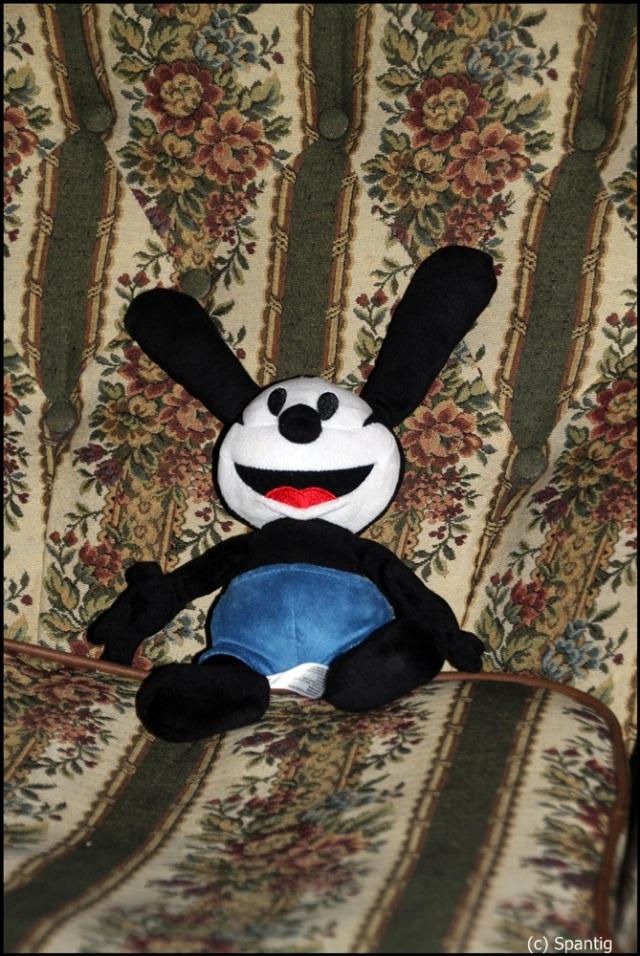 Oswald mag es im Salon Mickey