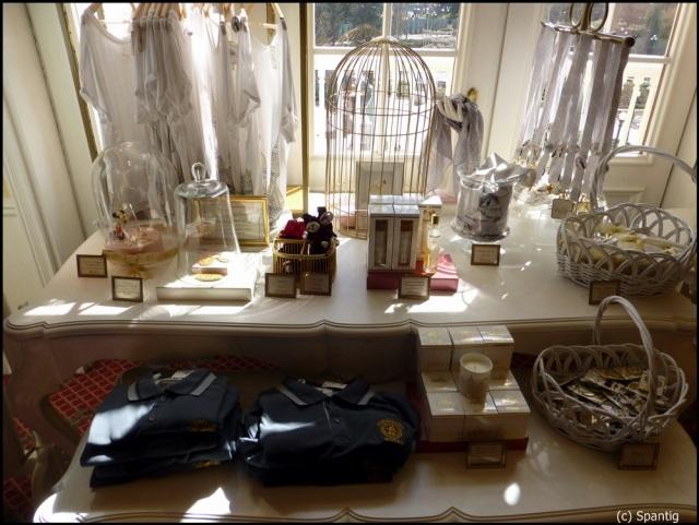 Castle Club Collection